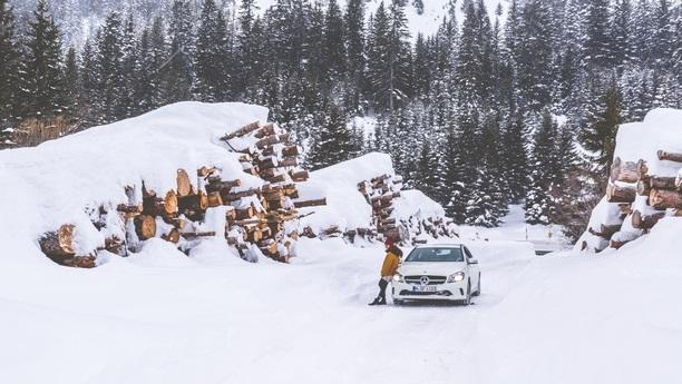 man mercedes snow winter