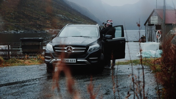 mercedes gle rain autumn