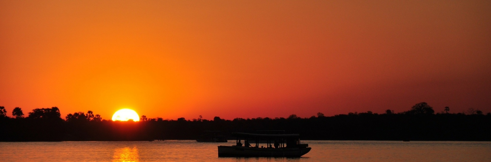 city header mozambique zambezi river