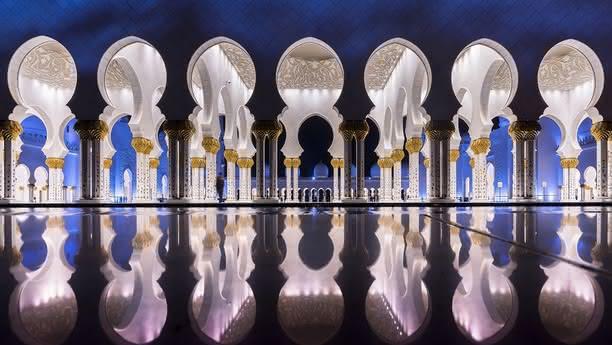 Profitez d'un véhicule de location Sixt pour votre séjour aux Émirats Arabes Unis