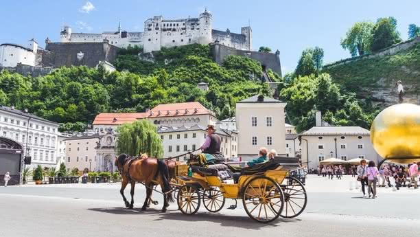 Un amplio y moderno servicio de alquiler de coches en Salzburgo