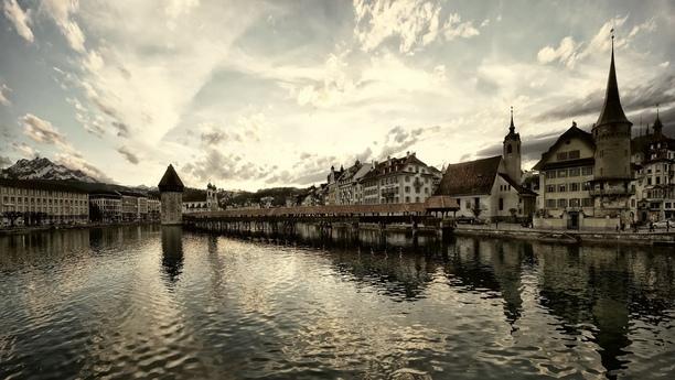 Herzlich willkommen bei Ihrer Sixt Autovermietung in Luzern
