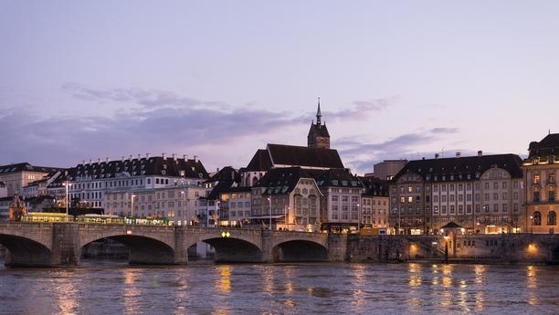 Willkommen in Basel, der drittgrößten Stadt in der Schweiz!