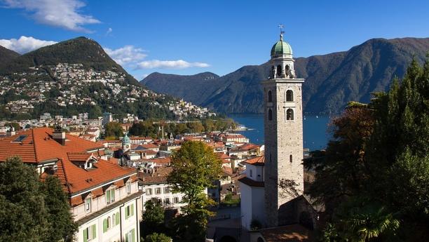 Viaje cómodamente con nuestra oferta de alquiler de coches en Lugano Paradiso
