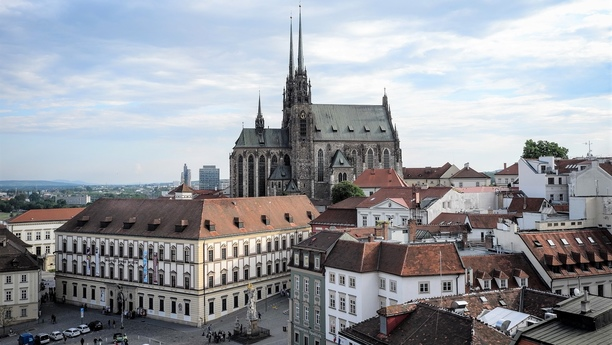 Aproveche nuestra oferta de alquiler de coches en el Aeropuerto de Brno