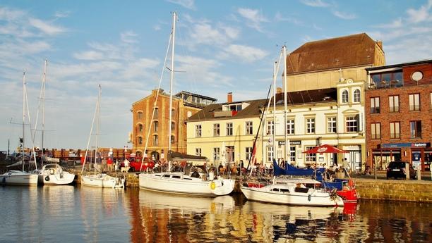 Un coche de alquiler en Stralsund le facilitará sus desplazamientos