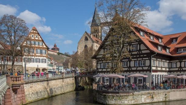 Mit Mietauto Esslingen am Neckar besichtigen