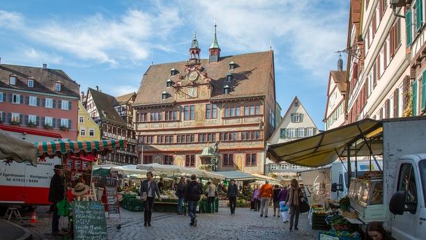Descubra nuestra oferta de alquiler de coches en Tubinga