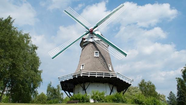 Reserve su coche de alquiler en Achim y disfrute de la belleza del norte de Alemania