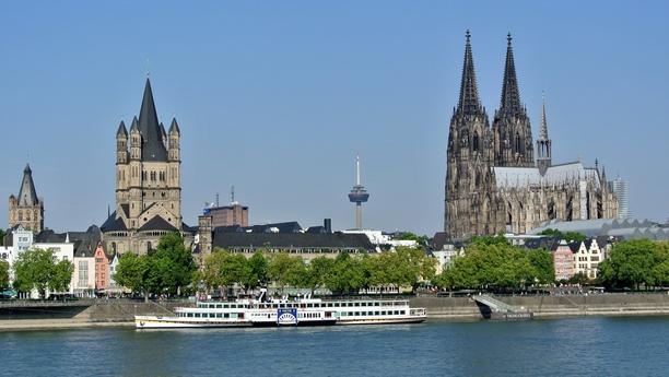 Véhicule de location Cologne Messe Deutz/Dorint Htl