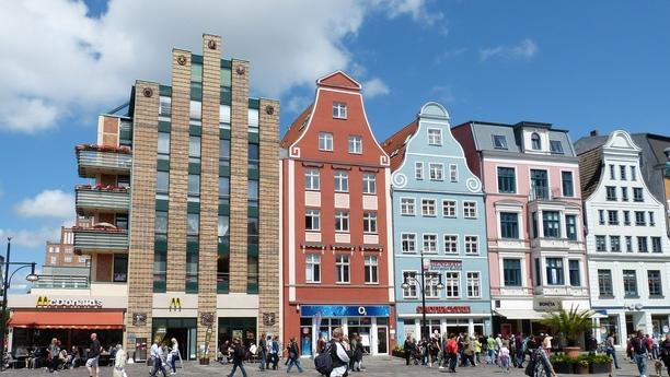 Die Hansestadt Rostock mit einem Mietwagen von Sixt entdecken