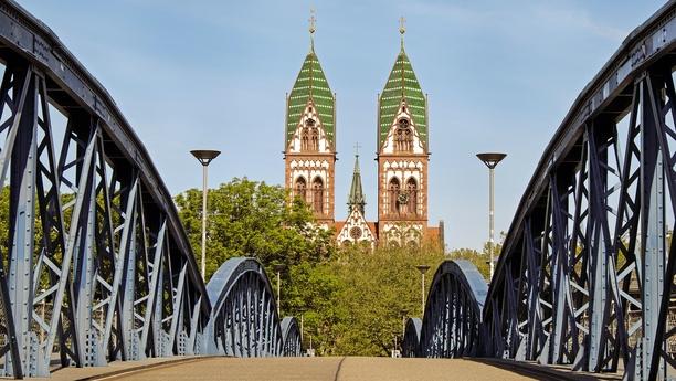 Im Freiburg/Breisgau-Center einen günstigen Mietwagen buchen
