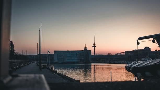 Location de voiture à Kiel, terminal des croisières Ostseekai - Sixt