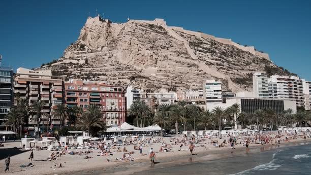 Alicante Centre/Hotel Melia Car Hire