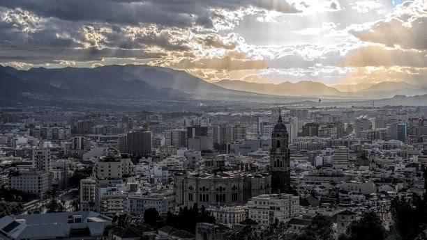 Willkommen in Malaga, Andalusiens zweitgrößter Stadt