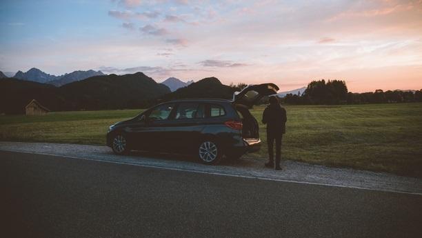 Buchen Sie Ihren Sixt Mietwagen in Soervagur