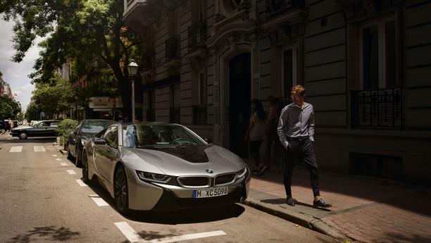 Con un coche de alquiler en Levallois Perret podrá disfrutar libremente de su viaje