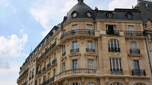 Besuchen Sie unseren Sixt Autoverleih in Dijon