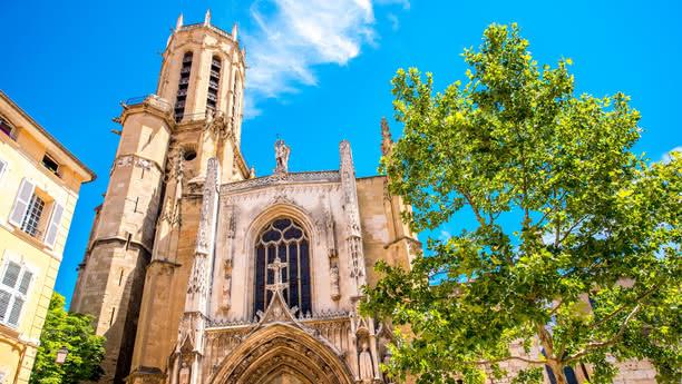 Erleben Sie die historische Hauptstadt der Provence