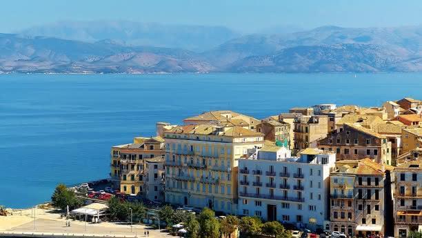 Jetzt bei Sixt ein Auto mieten und die ionische Insel Korfu mit dem Mietwagen entdecken!