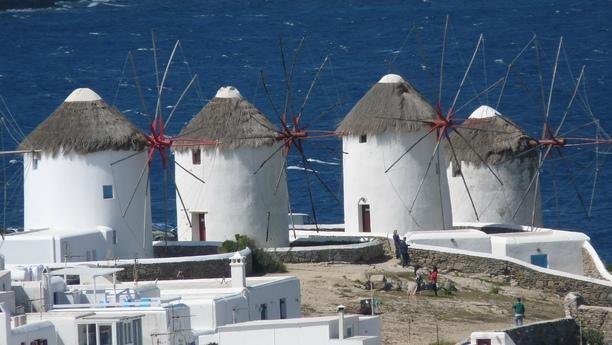 Location de voiture au nouveau port de Mykonos - Sixt