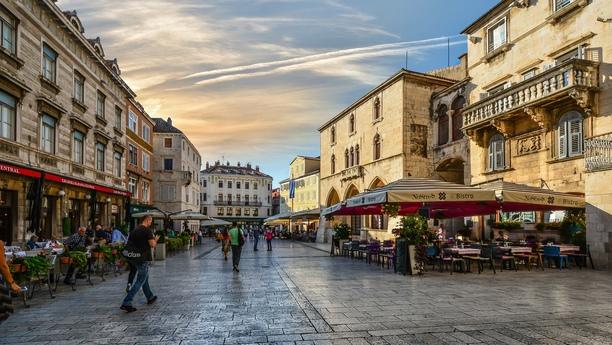 Car Hire Split Town - Sixt rent a car