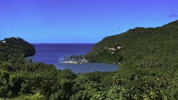 Günstig ein Auto mieten an der Marigot Bay auf St. Lucia