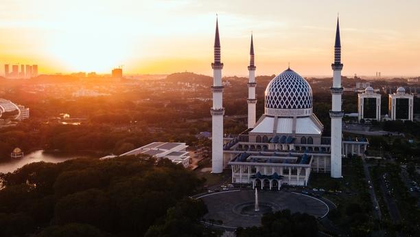 Profitez d'un véhicule de location Sixt pour découvrir le Selangor