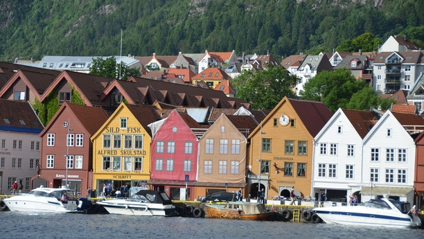 Car Hire Bergen - Cheap Rental - Sixt rent a car