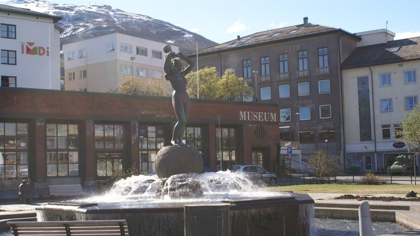 Die Sehenswürdigkeiten von Narvik mit einem Leihwagen erleben