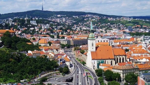 Réservez une voiture de location à Bratislava avec SIXT