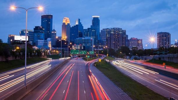 Disfrute de nuevas experiencias con un coche de alquiler en Minnesota