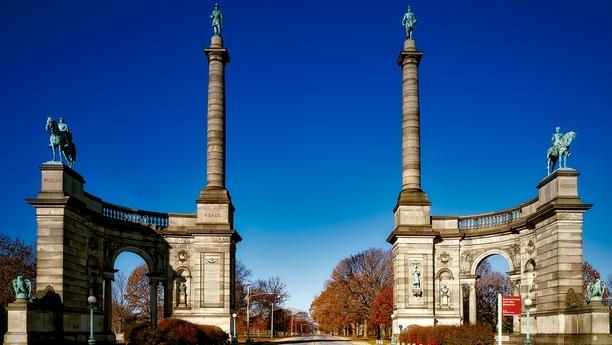 Conduzca un coche de alquiler en Filadelfia y explore el estado de Pensilvania