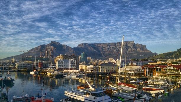 Willkommen im Süden Afrikas, Willkommen am Kapstadt Flughafen (CPT)