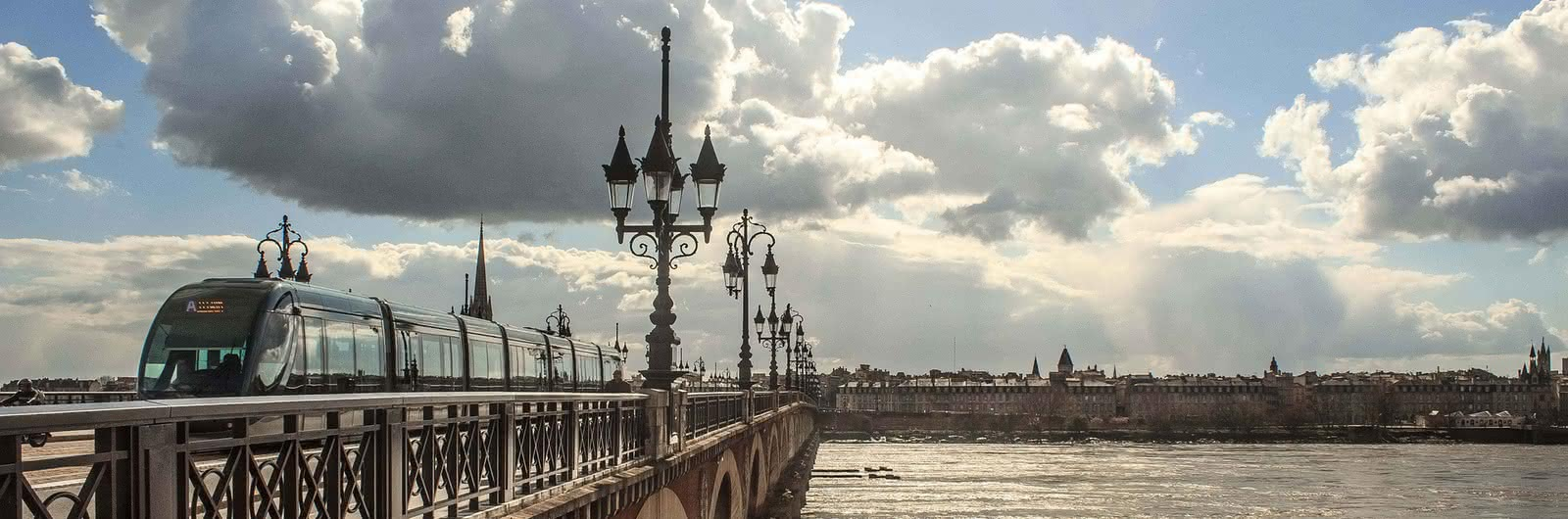 bordeaux city header
