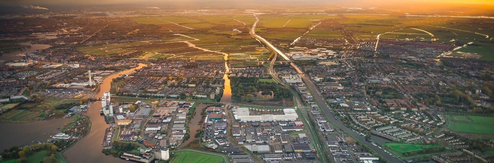 schiphol city header3