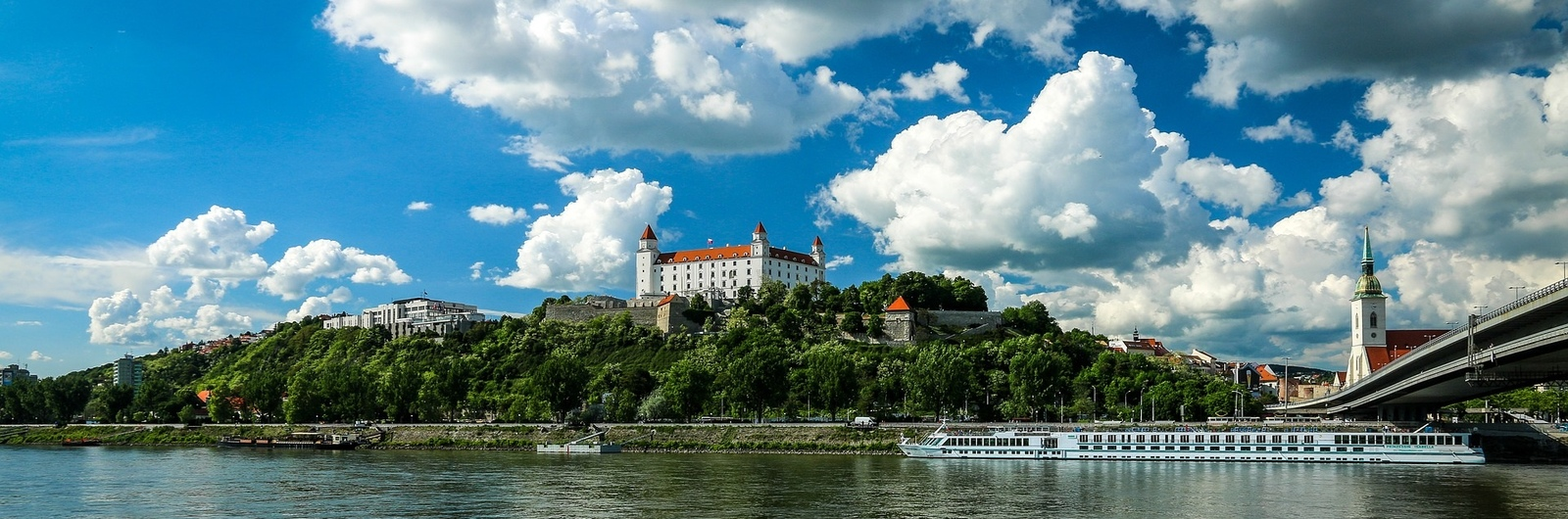 bratislava city header