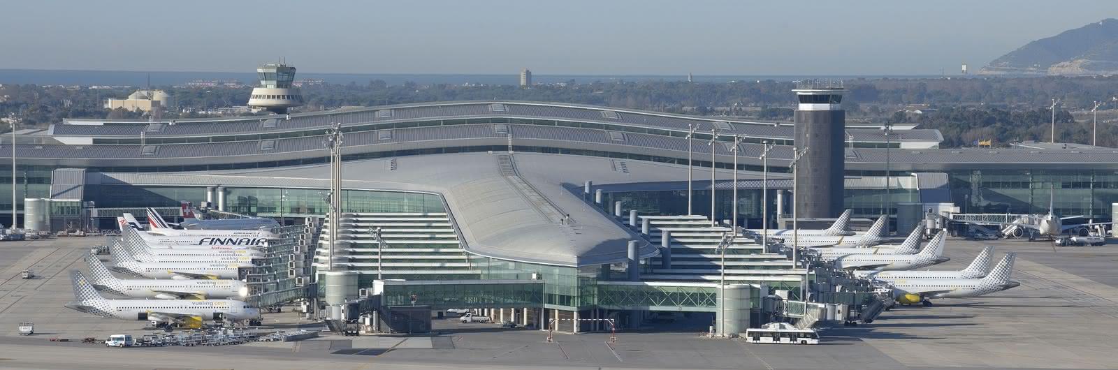 barcelona airport header