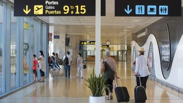 girona airport content