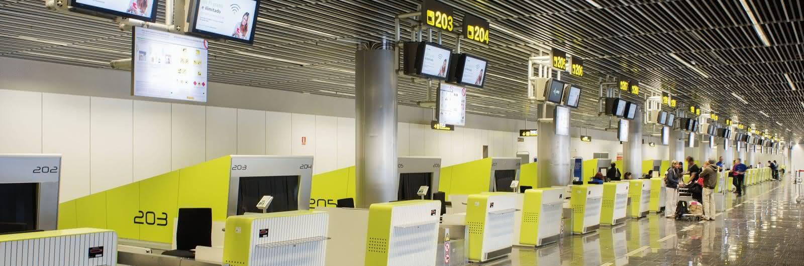 gran canaria airport header