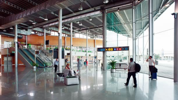 mallorca airport content