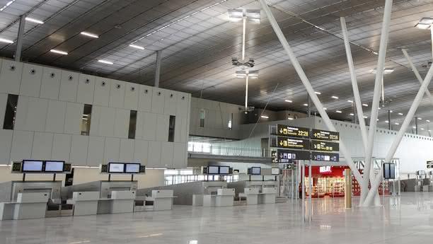 santiago compostela airport content