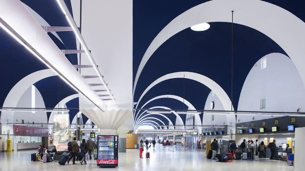 sevilla airport content