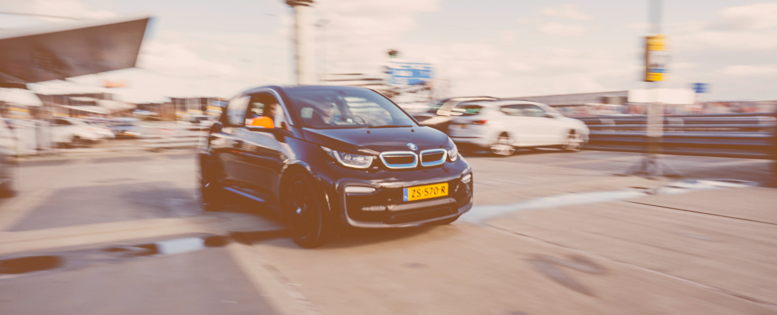 sixt share carsharing luchthaven schiphol amsterdam 2