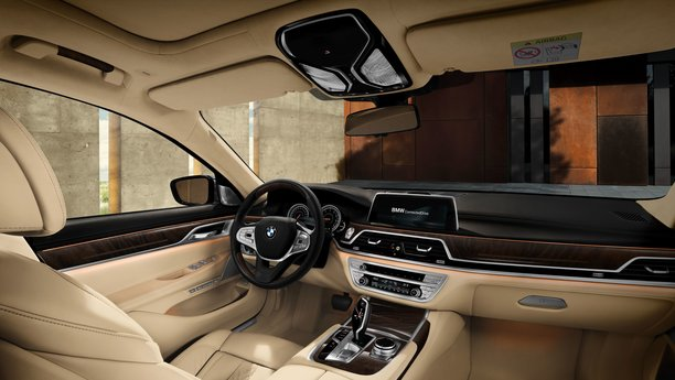 BMW 7er Serie - CONVINCED BY PERSONALITY
