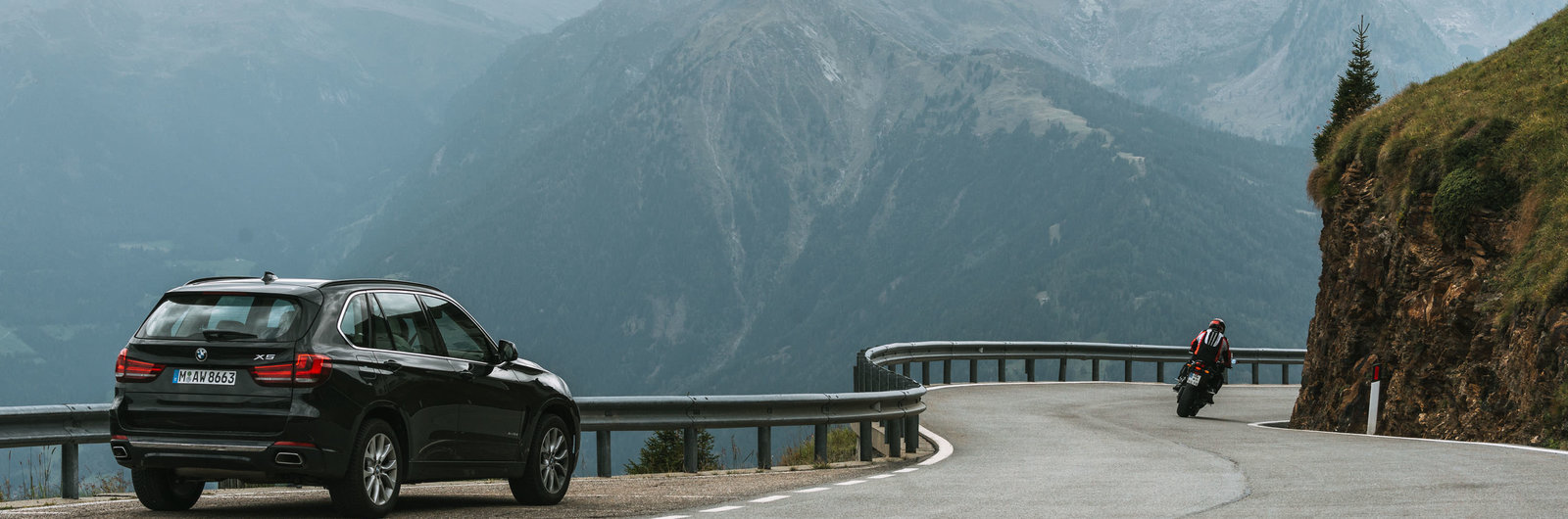 Car Rental in Geneva (Genf) Airport | Rent a Car deals with SIXT